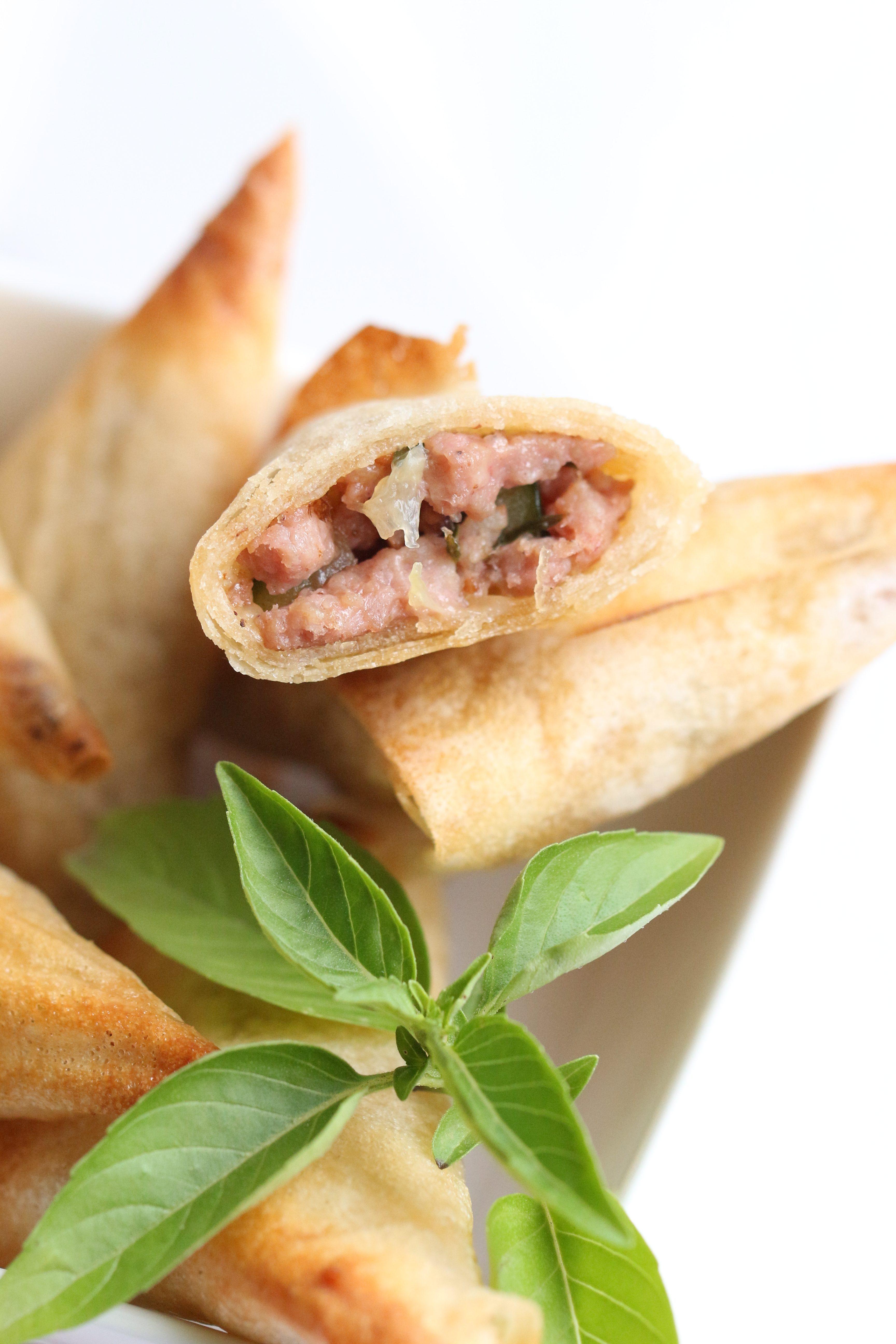 Samoussas au Porc, Courgette & Tomates Confites