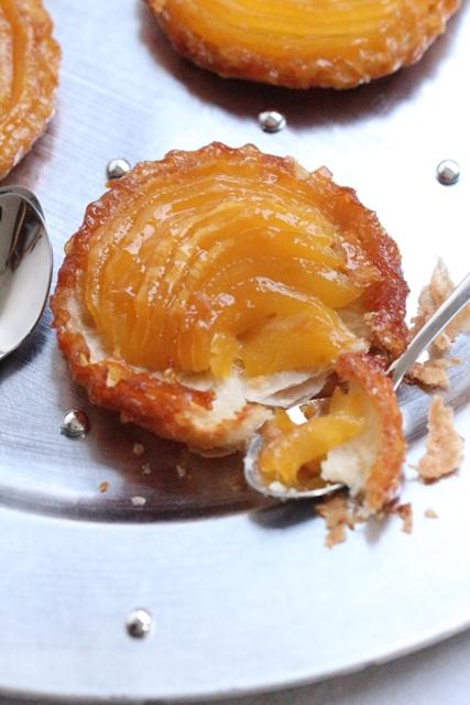 tatins-de-mangues-caramelisees-au-gingembre-7