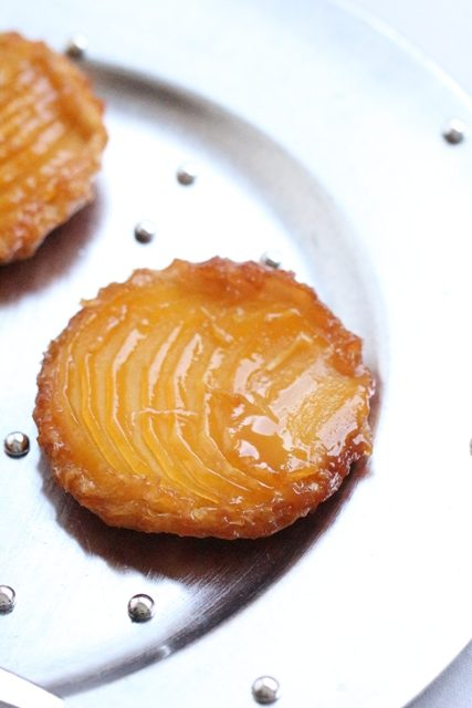 tatins-de-mangues-caramelisees-au-gingembre-8