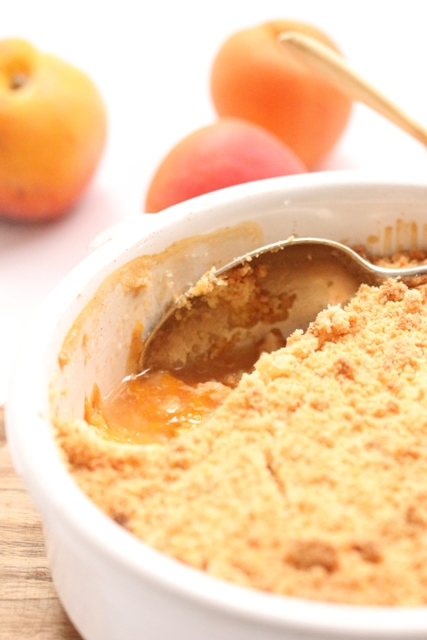 Crumble Pêches, Abricots & Amandes2