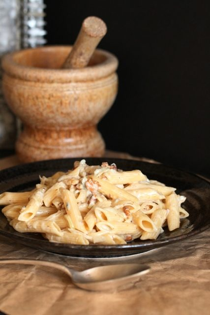 penne-au-gorgonzola-noix